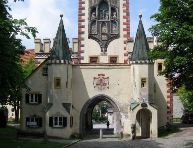 Landsberg am Lech: the Bayertor (Bavarian Gate)