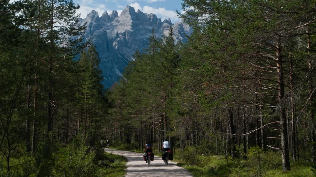 the Lunga Via delle Dolomiti - Cortina d'Ampezzo-Toblach section