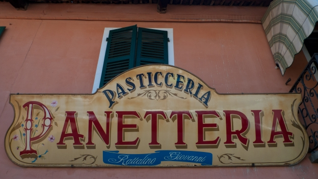 Saluzzo shop sign