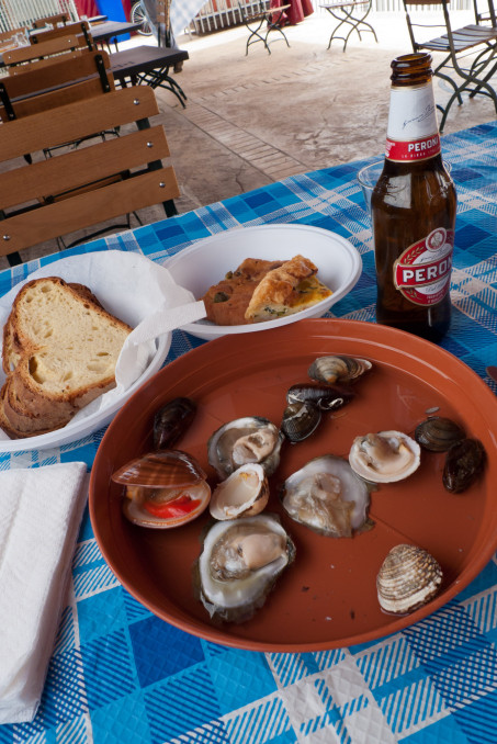 Lunch from a seafood stall - Barletta (Puglia)