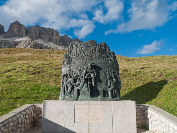 Passo Pordoi - Memorial to Fausto Coppi