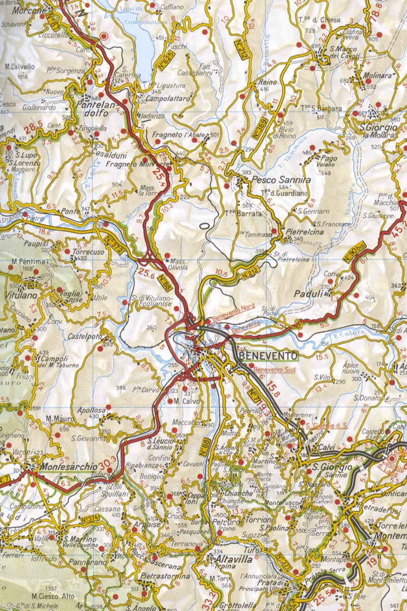 Planning your trip books and maps Italy Cycling Guide