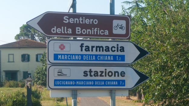 Signs on the Sentiero della Bonifica cycleway (Toscana)