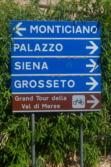 Grand Tour della Val di Merse - signs