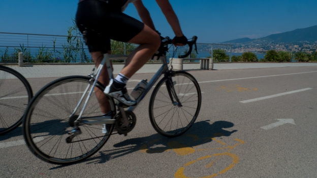 Cycling Riviera cycleway (Liguria)