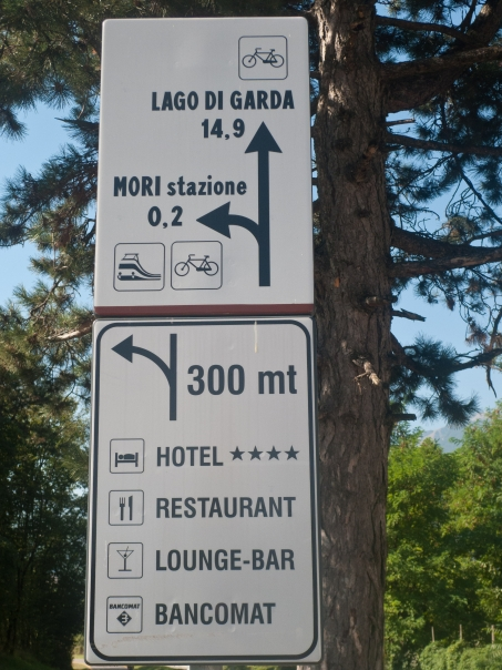 Sign on the Valle dell'Adige cycleway