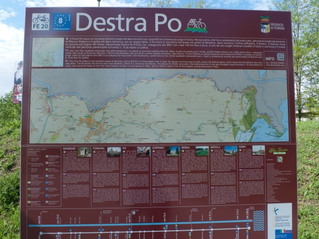 Information board on the FE20/Destra Po cycleway near Ferrara