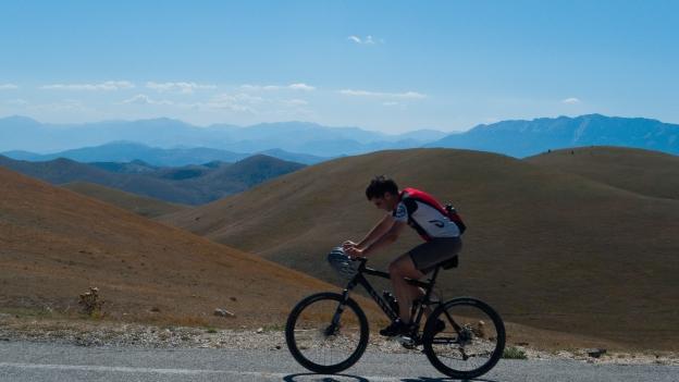 Cyclist - Gran Sasso national park (Abruzzo)