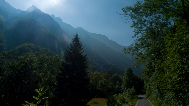 The Val Gesso on the road to San Giacomo