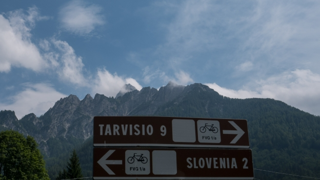 FVG1A cycleway near the border with Slovenija