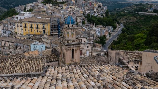 Sicilia: view of Ragusa Ibla from the Corso Giuseppe Mazzini