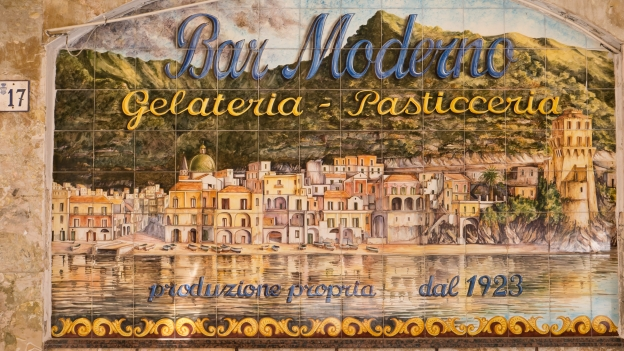 Decorated ceramic tiles: Cetara Bar Moderno