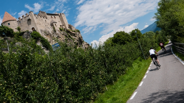 The Via Claudia passing the Schloss Kastelbell (Castello di Castelbello)