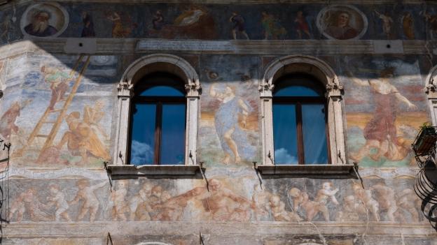 Frescoes on the façade of the Case Cazuffi-Rella in Trento's Piazza del Duomo