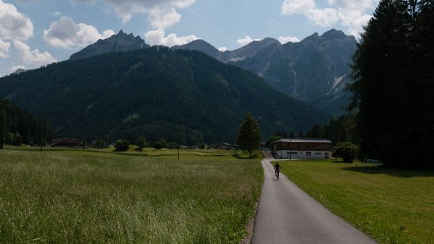 Cyclist on the cycle route leading to the Pragser Wildsee (Lago di Braies)