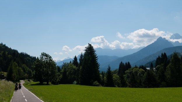 Cyclists on the Ciclovia Alpe Adria Radweg (FVG1) near Tarvisio