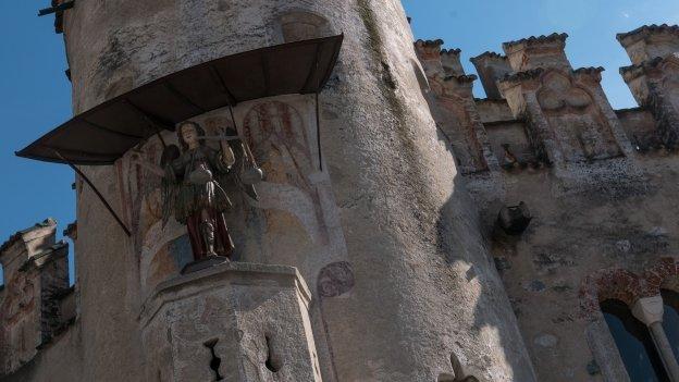The Kloster Neustift (Abbazia di Novacella): figure of Sain Michael on the Engelsburg (Castel Sant'Angelo)