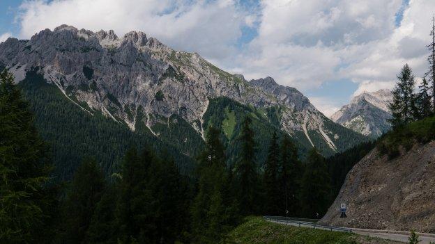 The road to the Sella di Ciampigotto