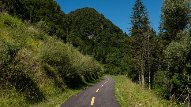 Cycleway near Cavazzo Carnico