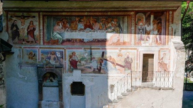 Frescoes on the Chiesa di San Filippo e San Giacomo in Cogolo
