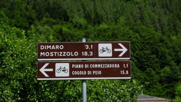 Signs on the Val di Sole cycleway near Almazzago