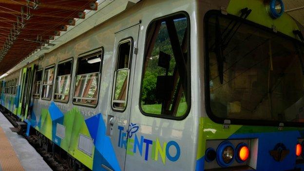 Trentino Trasporti train at Mezzana station
