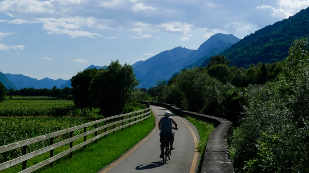 Cyclist on the Valle del Chiese cycleway near Ca' Rossa