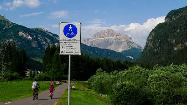 Cycleway sign on the Val di Fiemme Val di Fassa cycleway near Campitello di Fassa